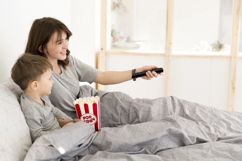 просмотр фильмов с ребенком